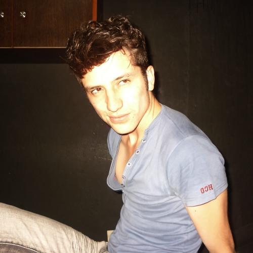 Cristian Gutiérrez 31's avatar