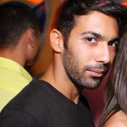 Chris Perdikos's avatar
