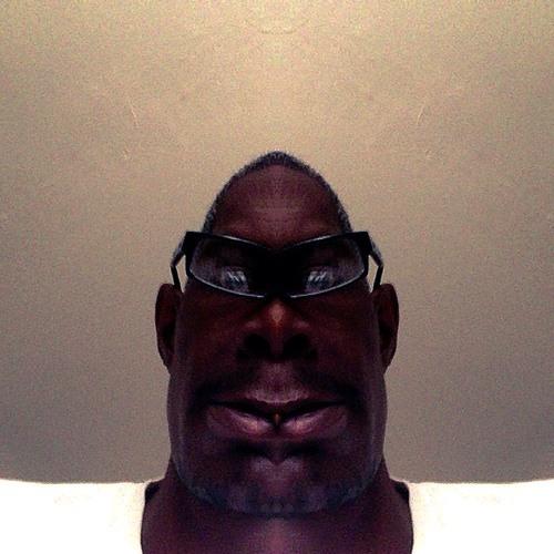 Mike Genius's avatar
