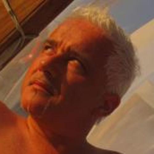 eneoG's avatar