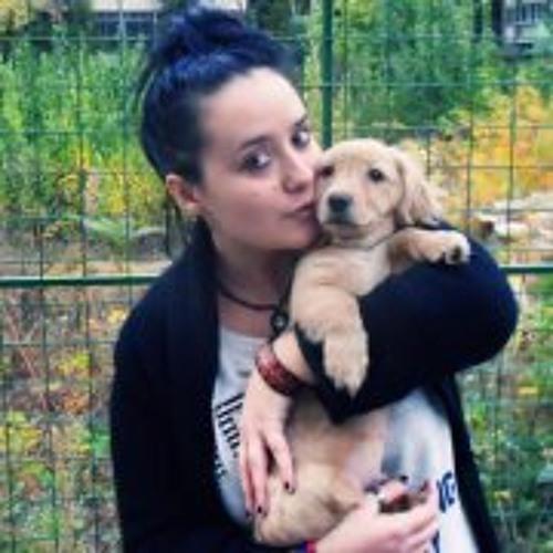 Ioana Dan 1's avatar