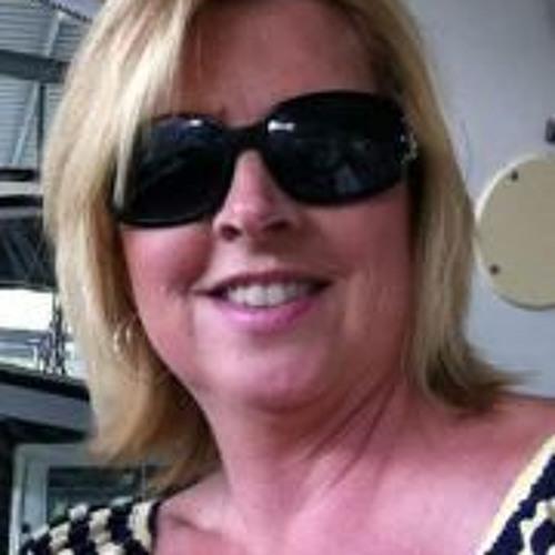 Stacey Thompson 4's avatar