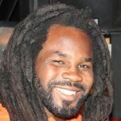DJ Beelow's avatar