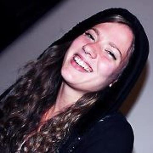 Angelique McDaniel's avatar
