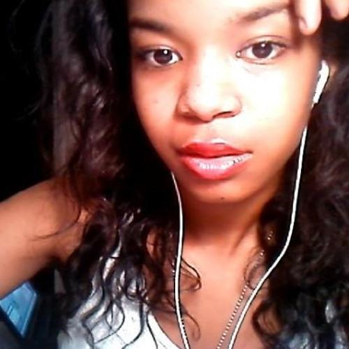 Yolanda <3's avatar