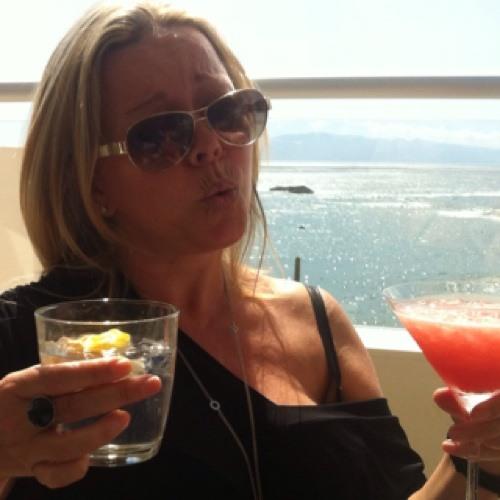 Paula Nicol's avatar