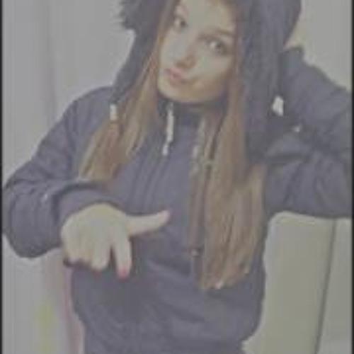 Anna Smith 18's avatar