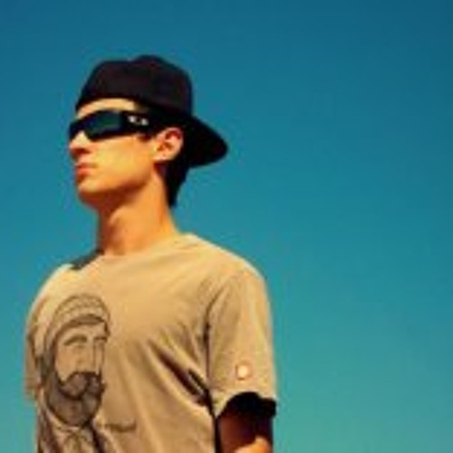 Matheus Schwanke's avatar
