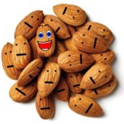Happily Almond's avatar