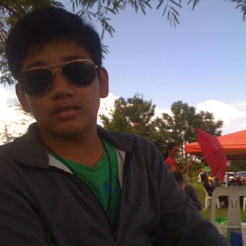 Joshua del Valle's avatar
