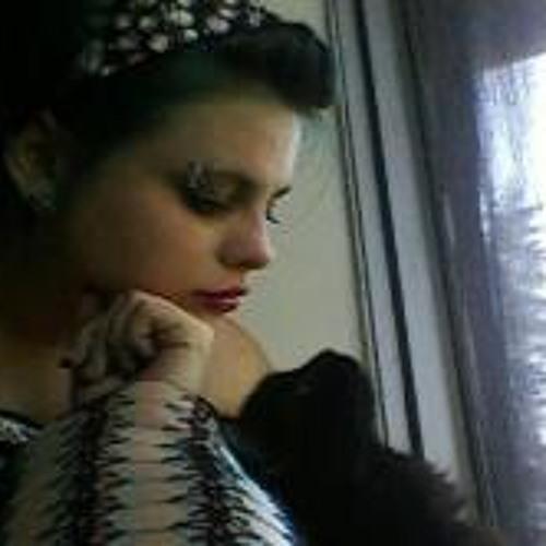 Kiki Snell's avatar