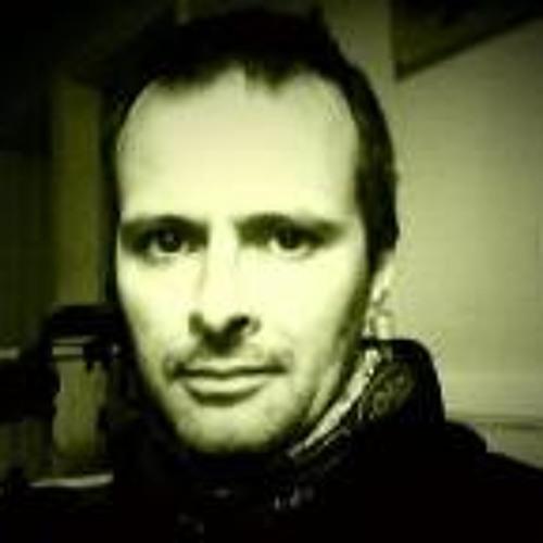 Simon Mckelvie 1's avatar