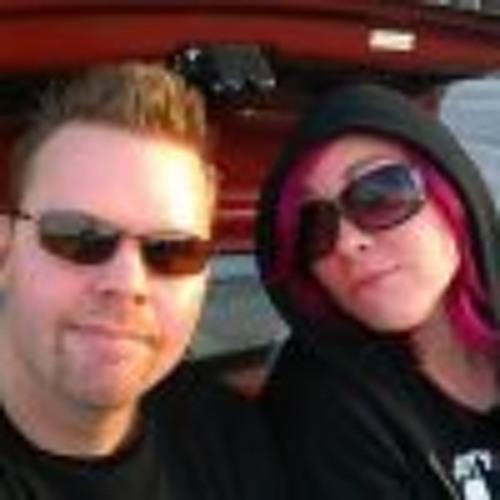 Stephanie Findall Wardle's avatar