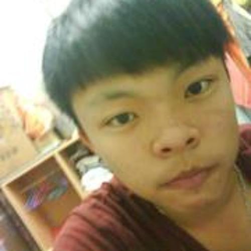 Chi Sia Long's avatar