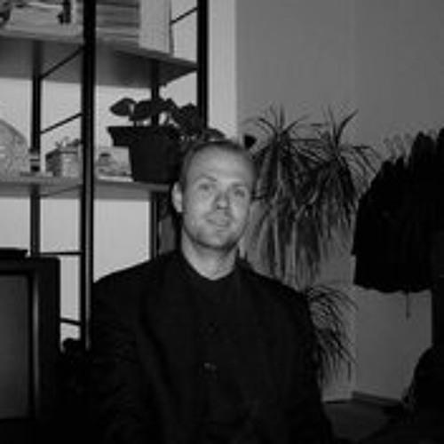 Robert Krüger 7's avatar