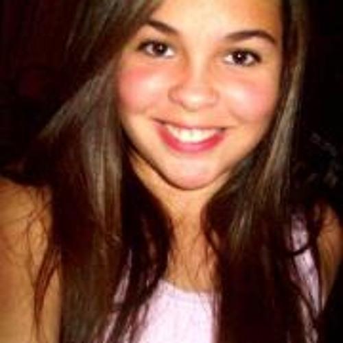 Paula Lobato's avatar