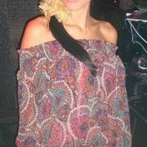 Claudia Garcia 33's avatar