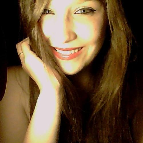 Angélique Bazile's avatar