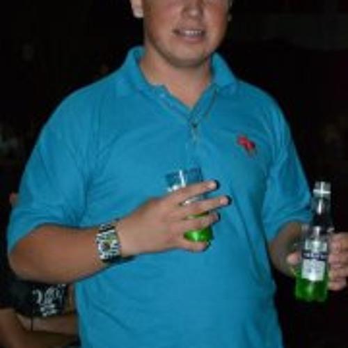 Erick Kovalenko Hinkel's avatar