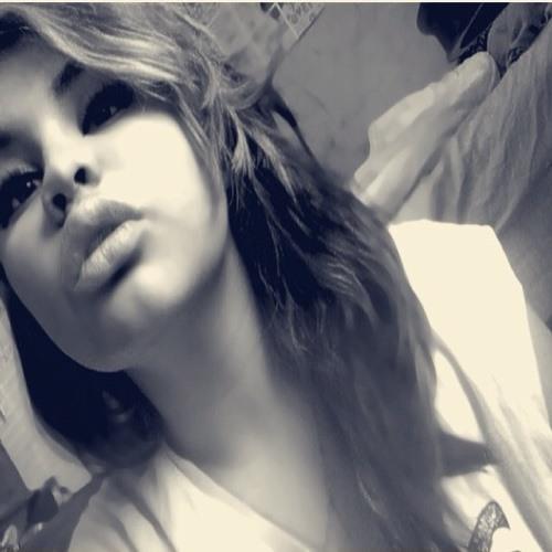 LovelyCee's avatar