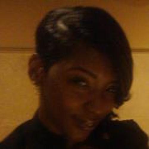 Lovey Malika's avatar
