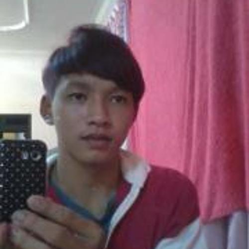 Tang Lit Huang's avatar