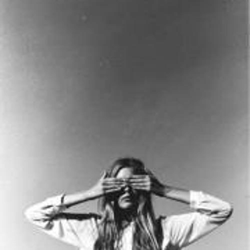 Renata Bart's avatar