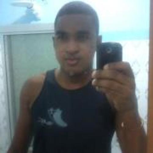 Rodrigo Lago's avatar