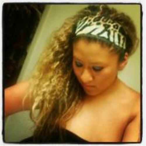 Karen Fernandez 6's avatar