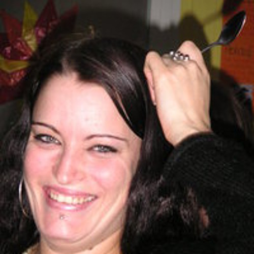 Julia Schergel's avatar