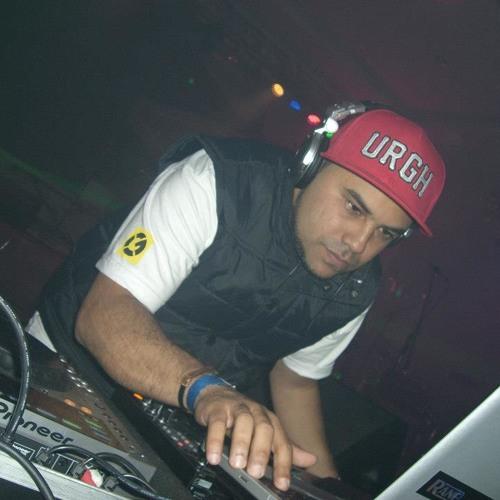 DJ OZ Gospel Fm's avatar
