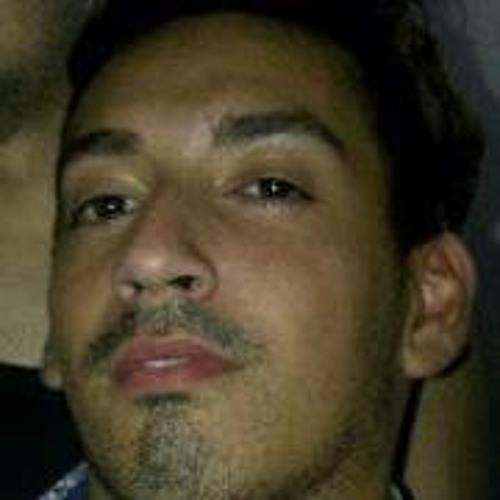 Vichu del Pozzo's avatar