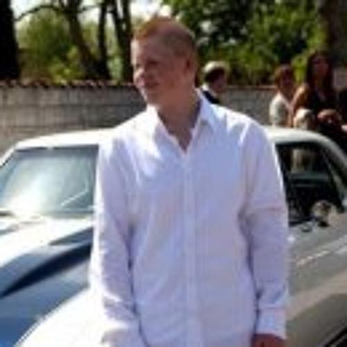 Mikkel Larsen 6's avatar
