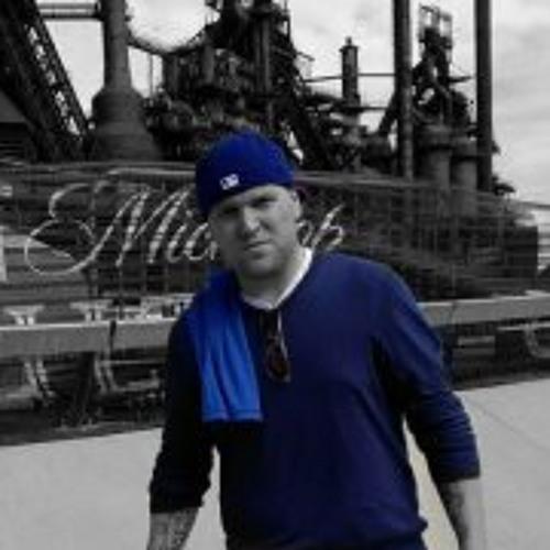 Adam Reiss 1's avatar