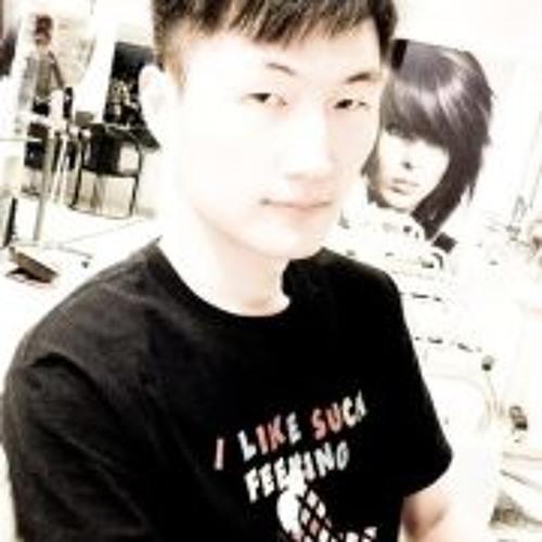 Tung-Chuang Wen's avatar