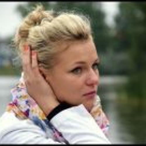 Karolina Mianowska's avatar