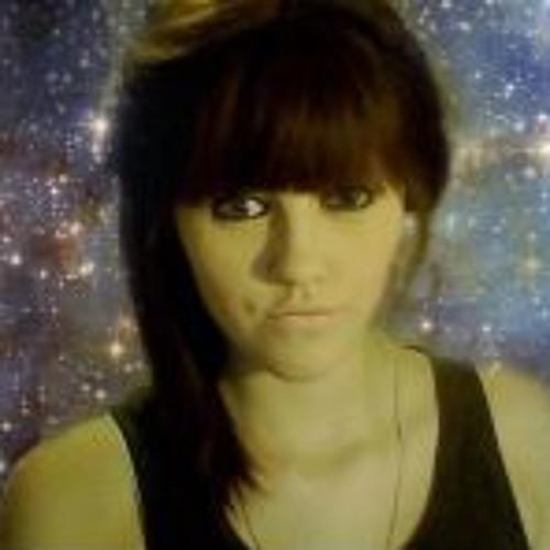Lily Hart's avatar
