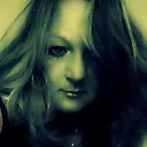 Darlene Paterson's avatar