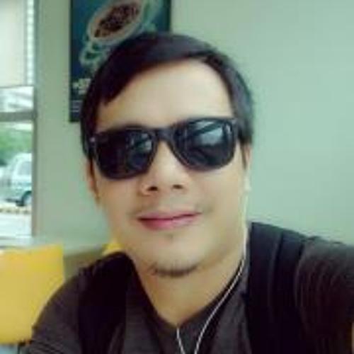 Edmundo Arezabal Jr.'s avatar