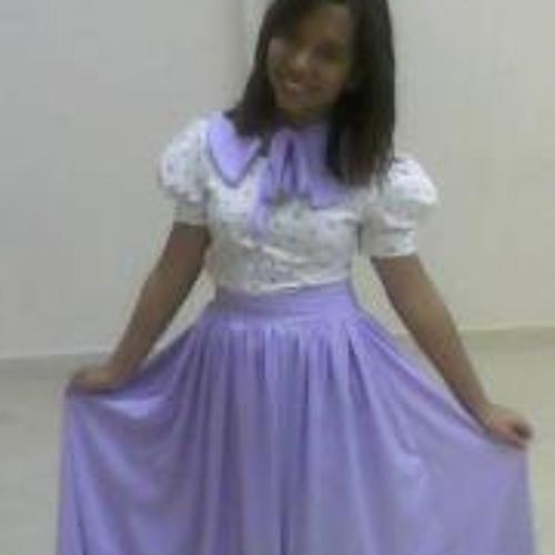 Camila Amorim Dutra's avatar