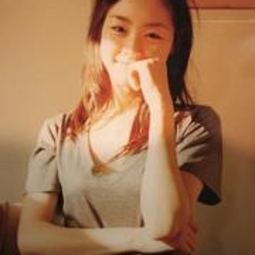 Moon Hee  Lee's avatar