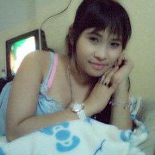 Angelia Agustin's avatar