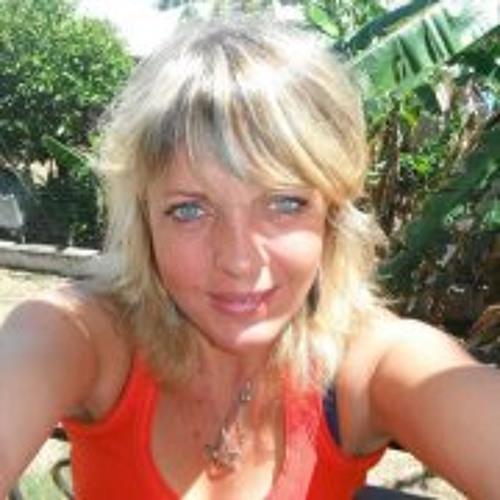 Céline Dherbomez's avatar