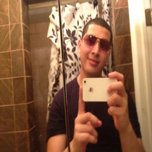 oscar pineda's avatar