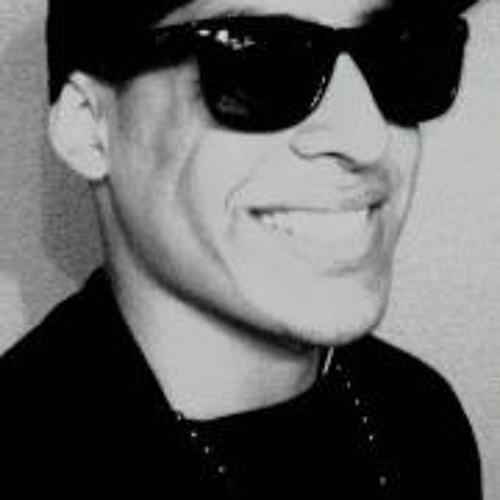 Nico De Leon's avatar