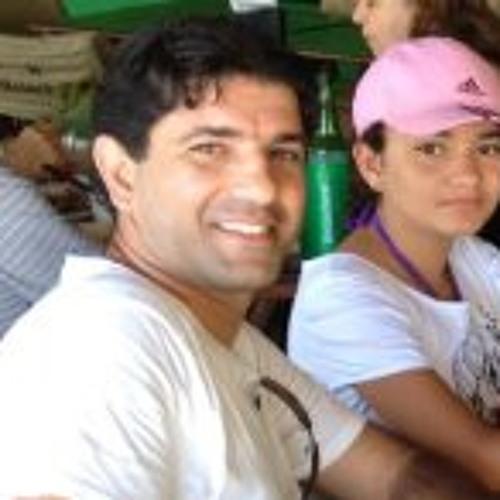Marcelo Bertoldi's avatar