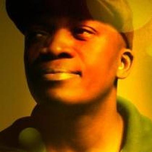 glen lewis's avatar