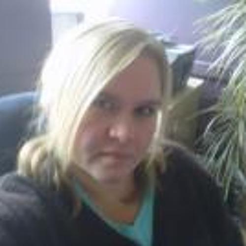Suzie Kivell Green's avatar