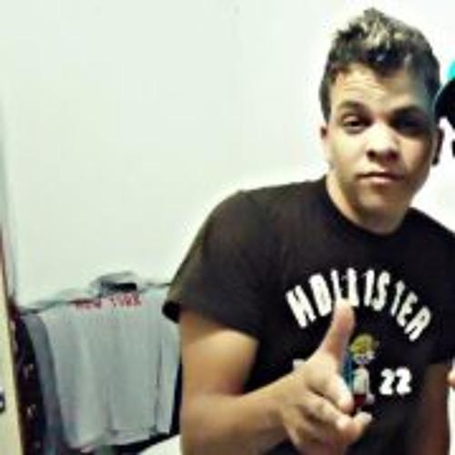 Augusto Ferreira 10's avatar