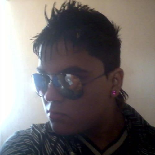 Kevin Danniel Calzada's avatar